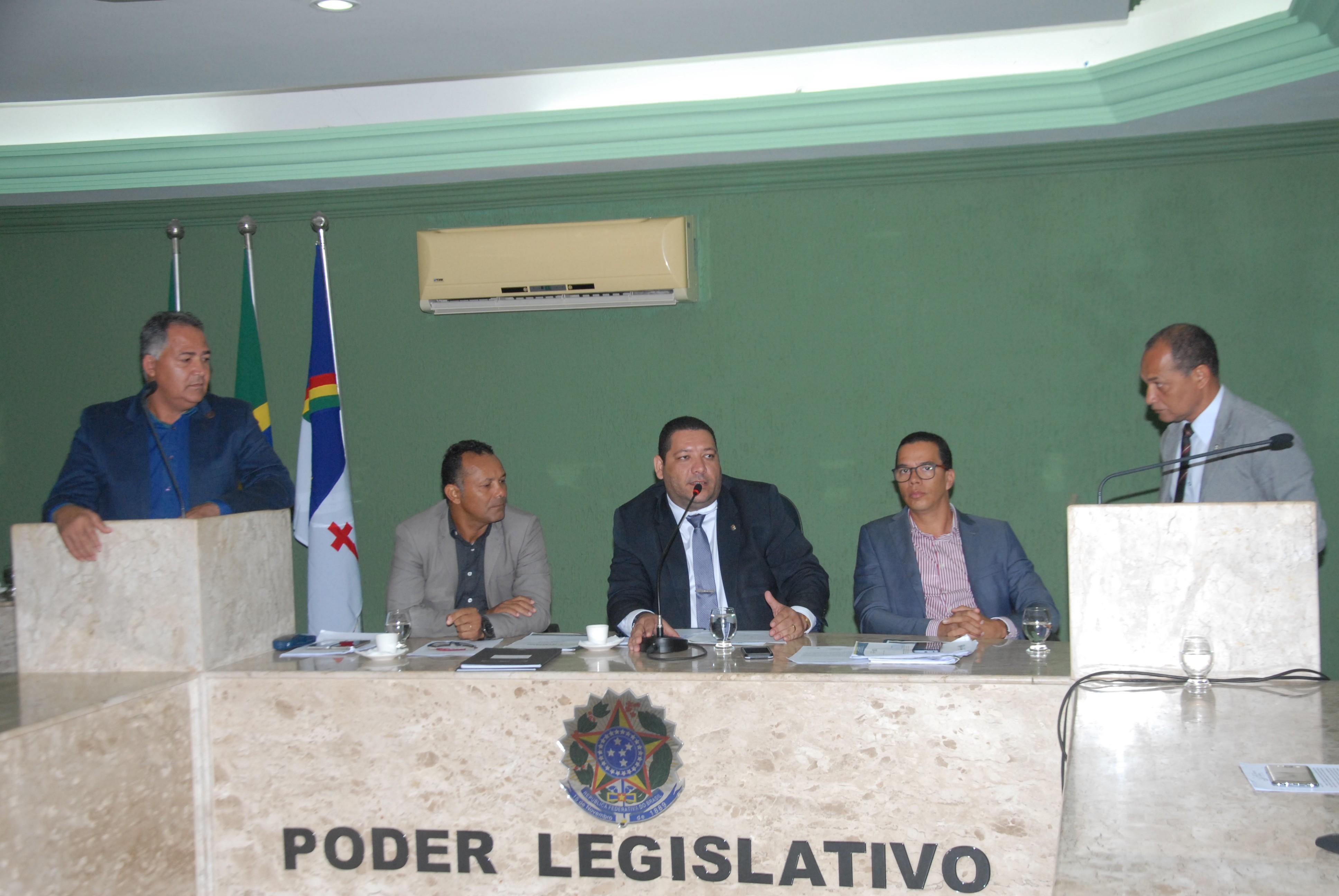 Câmara Municipal aprova projeto que cria o Programa Tutor Institucional de Bolsa para Educação Básica