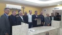 Câmara Municipal concede Título Cidadão ao representante da Pastoral da Saúde, Carlos Freitas