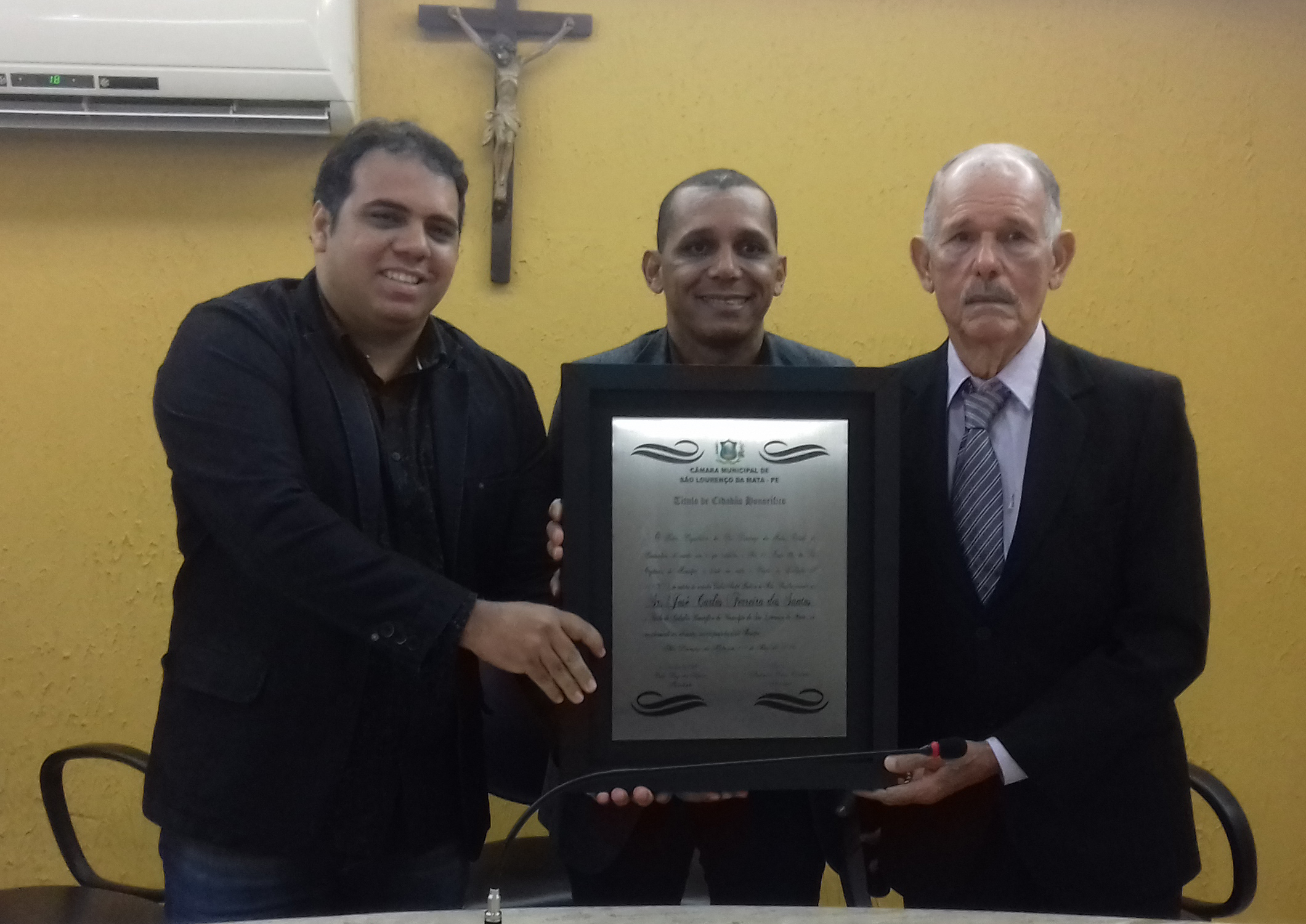 Câmara Municipal entrega Título Benemérito a Zeca do Bote