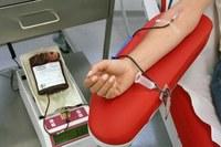 Campanha arrecada e alerta para importância de doar sangue