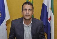 Juninho de Muribara solicita troca de lâmpadas para diversos pontos do bairro