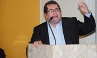 Vereador Fabinho Pereira é ovacionado por projeto de lei que denomina Mercado Público Municipal como Angelo Labanca Albanez