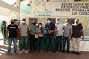 Vereadores acompanham entrega de novos fardamentos aos agentes de saúde e combate às endemias