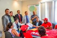 Vereadores recebem representantes do MLP