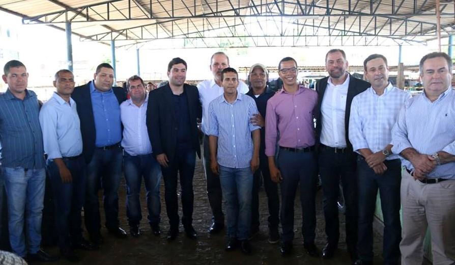 Vereadores se encontram com senador Armando Monteiro e solicitam mais recursos
