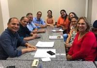 Vereadores se reúnem com Promotoria de Justiça da Vara da Criança e Adolescente